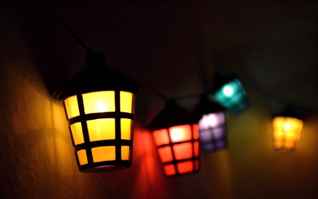 colorful-mood-lantern-wallpaper-43507-44564-hd-wallpapers