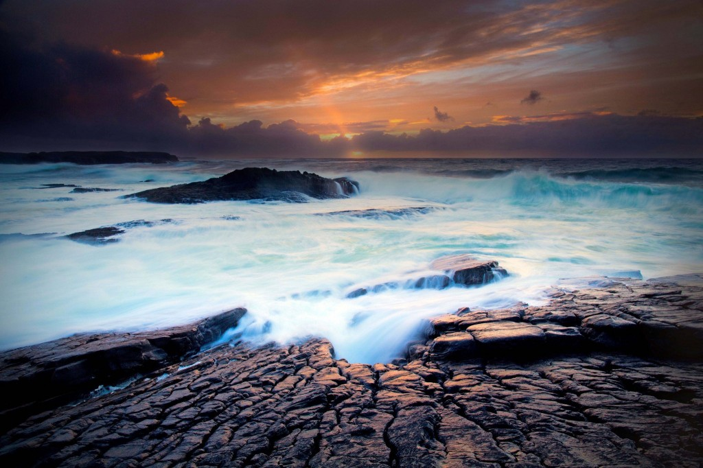 sea-waves-hd-31012-31743-hd-wallpapers