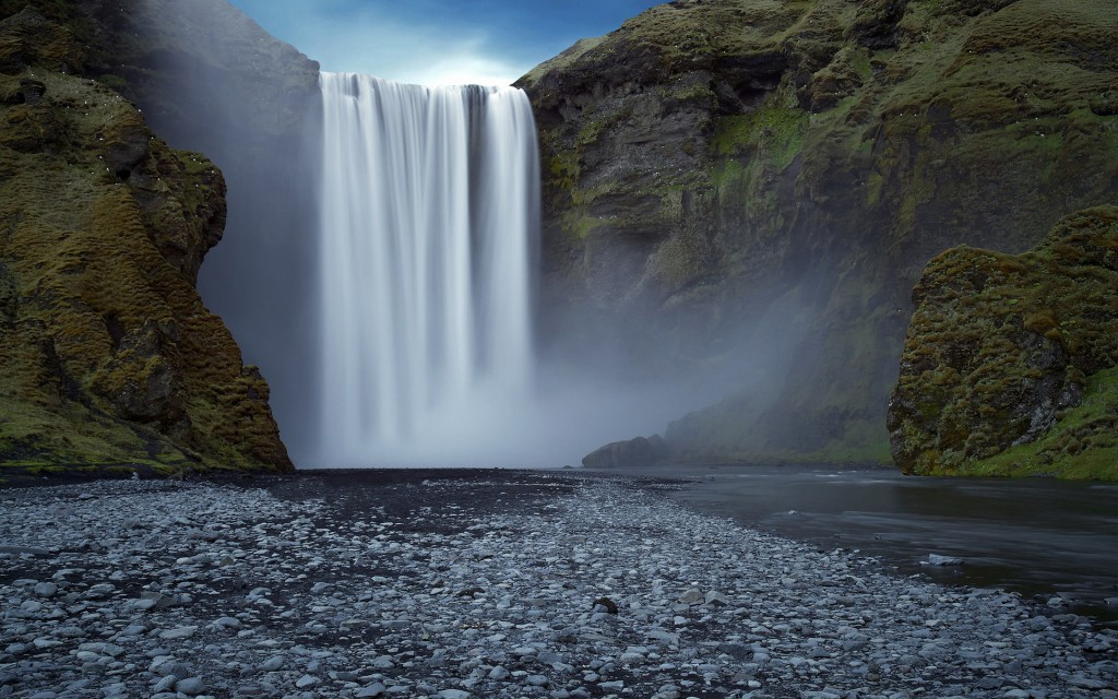 stunning-waterfall-40956-41919-hd-wallpapers