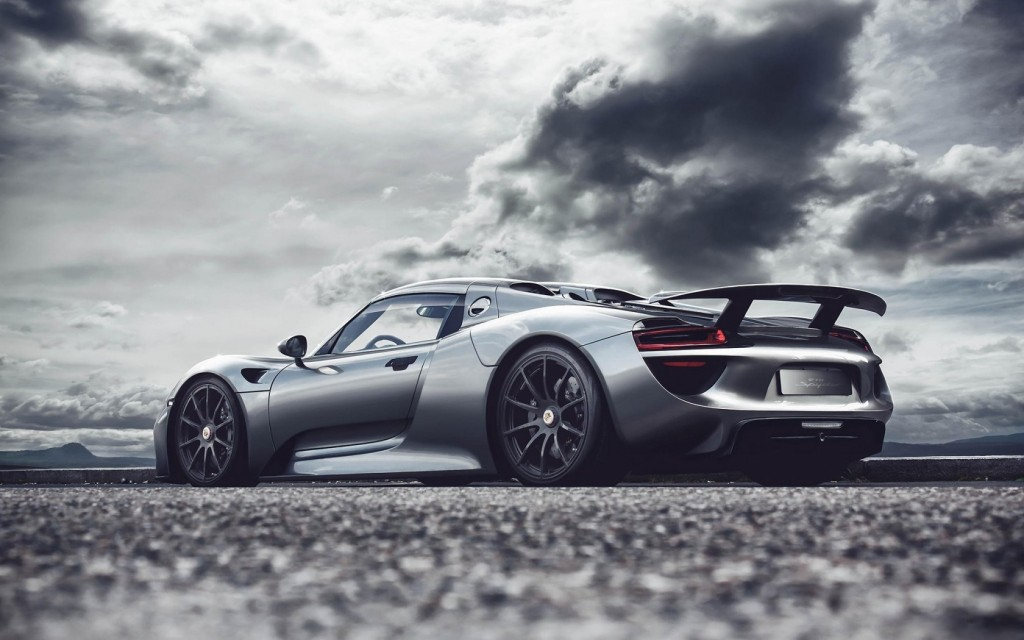 awesome-porsche-918-spyder-wallpaper-43906-44993-hd-wallpapers
