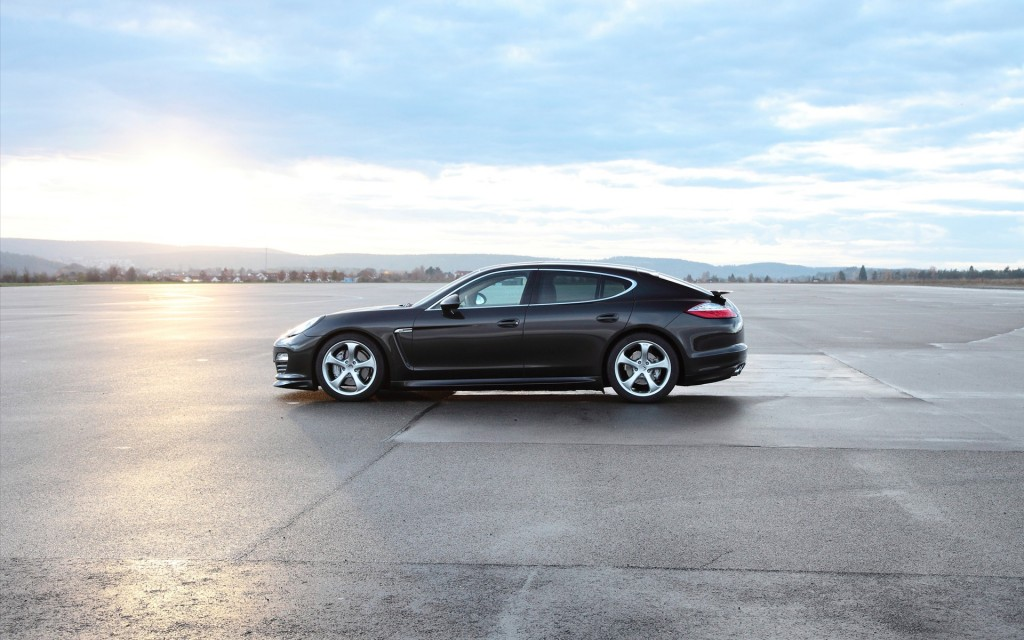 free-porsche-panamera-wallpaper-39208-40111-hd-wallpapers