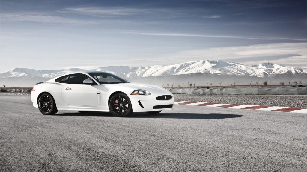 beautiful-jaguar-car-wallpaper-45162-46335-hd-wallpapers