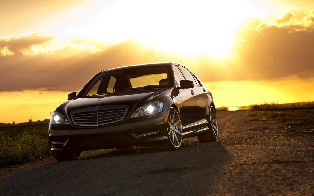 pretty-mercedes-wallpaper-23517-24169-hd-wallpapers
