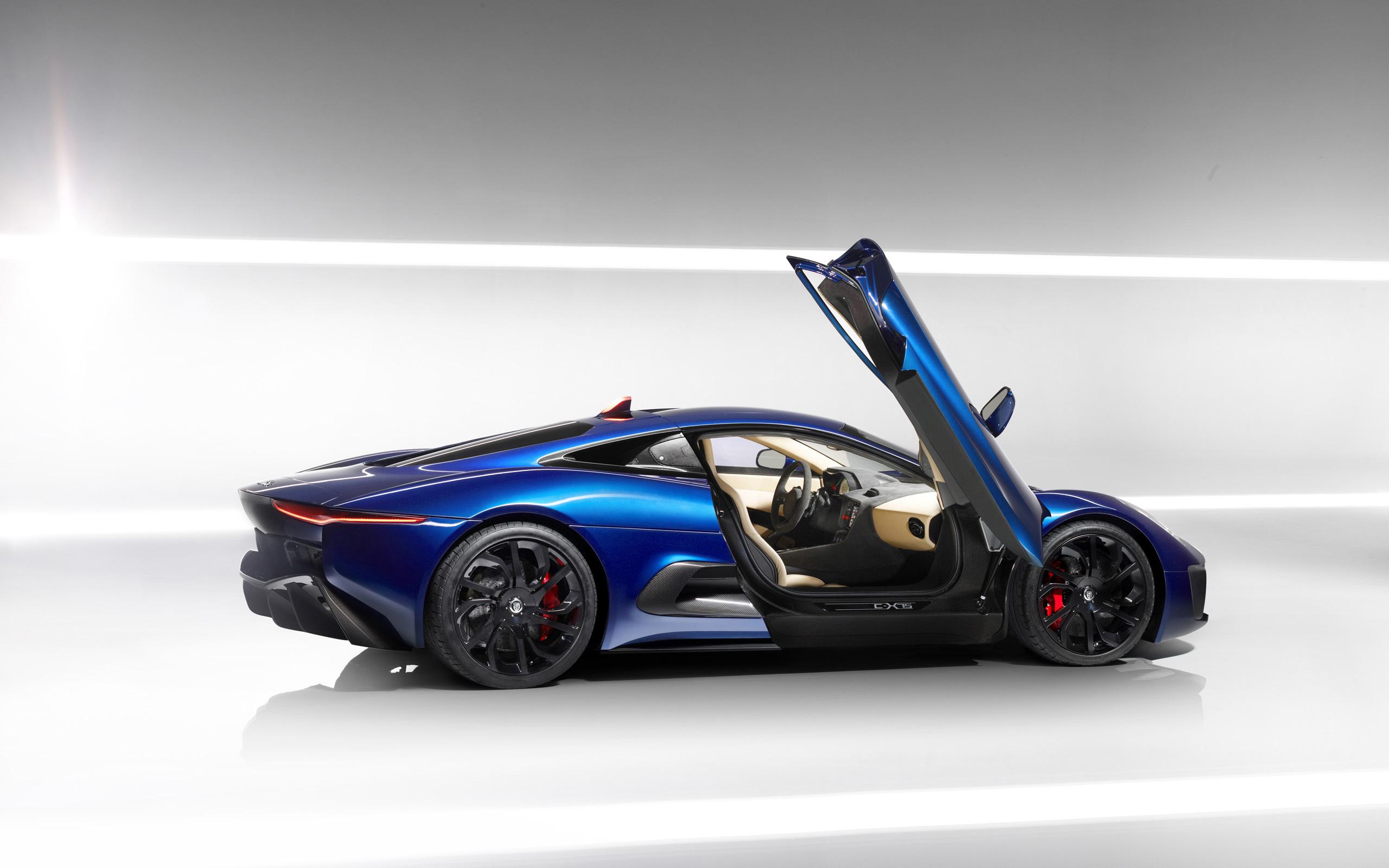 15 Stunning HD Jaguar Wallpapers
