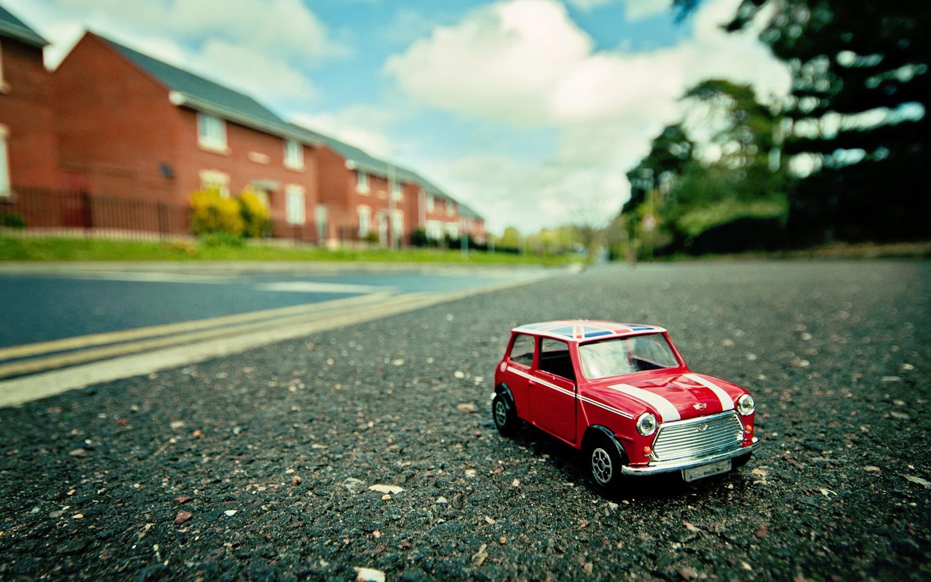 12 Outstanding HD Toy Car Wallpapers  HDWallSourcecom