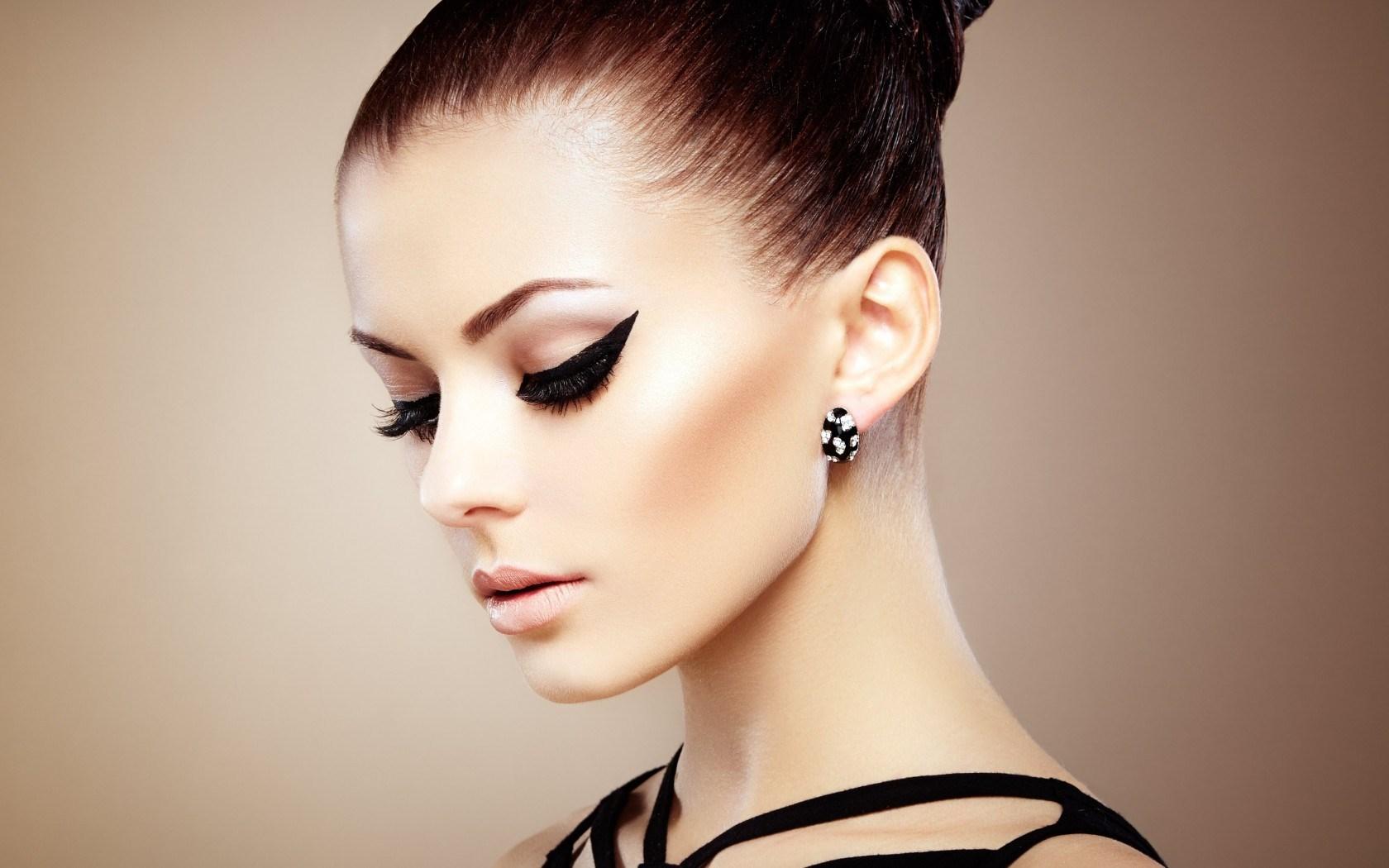 Model makeup hd wallpaper free high definition wallpapers - Beautiful model wallpaper ...