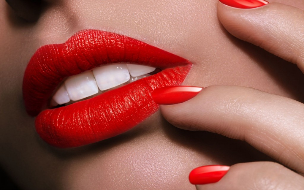 fantastic-lips-wallpaper-45323-46534-hd-wallpapers