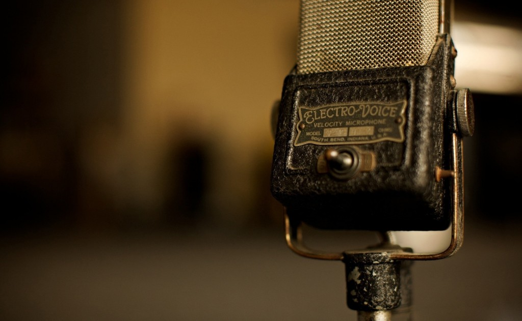 microphone-wallpaper-34320-35093-hd-wallpapers