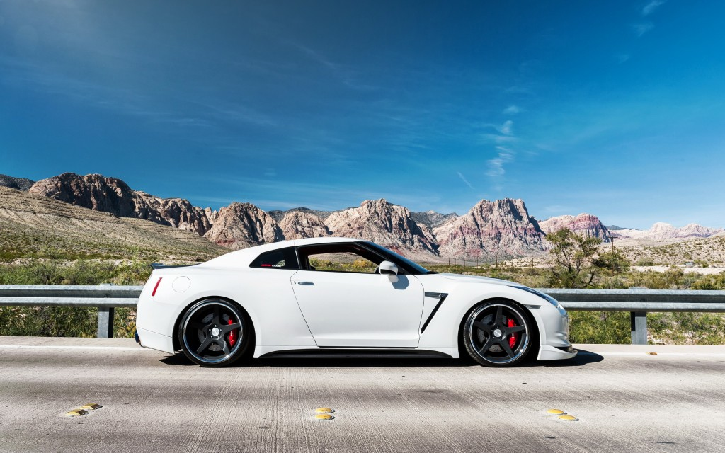 amazing-nissan-gtr-car-wallpaper-45147-46339-hd-wallpapers