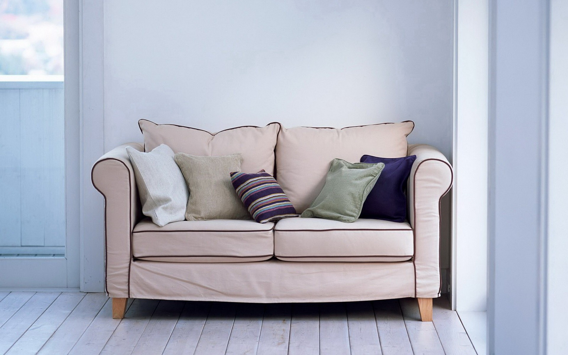 18 Excellent Hd Couch Wallpapers