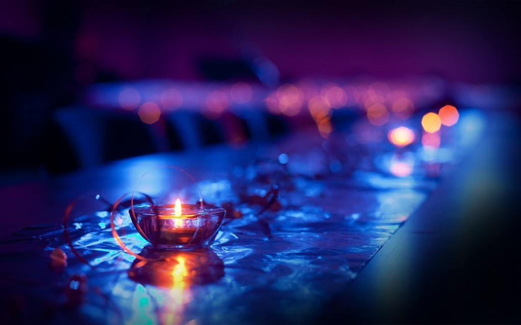 pretty-candles-close-up-wallpaper-44447-45572-hd-wallpapers