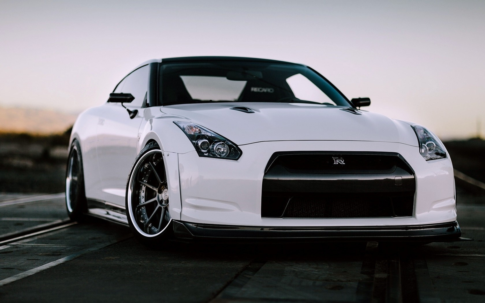 30 Awesome Nissan GTR Wallpapers