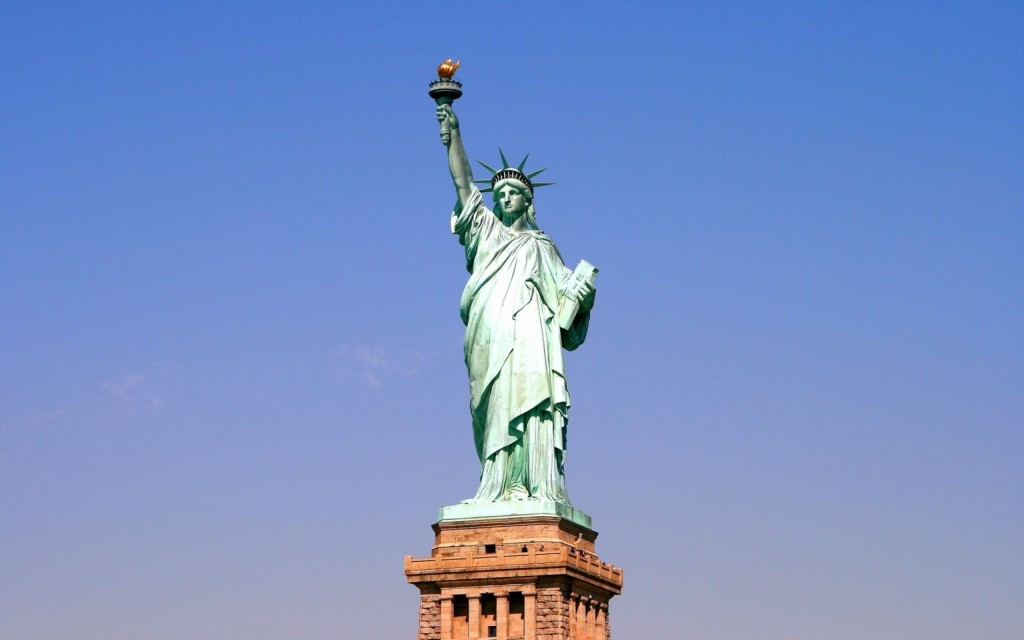 statue-of-liberty-background-38288-39163-hd-wallpapers