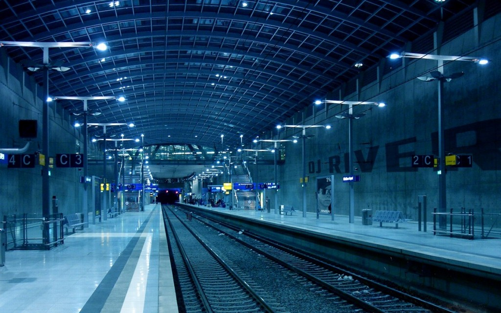 train-station-computer-wallpaper-49180-50842-hd-wallpapers