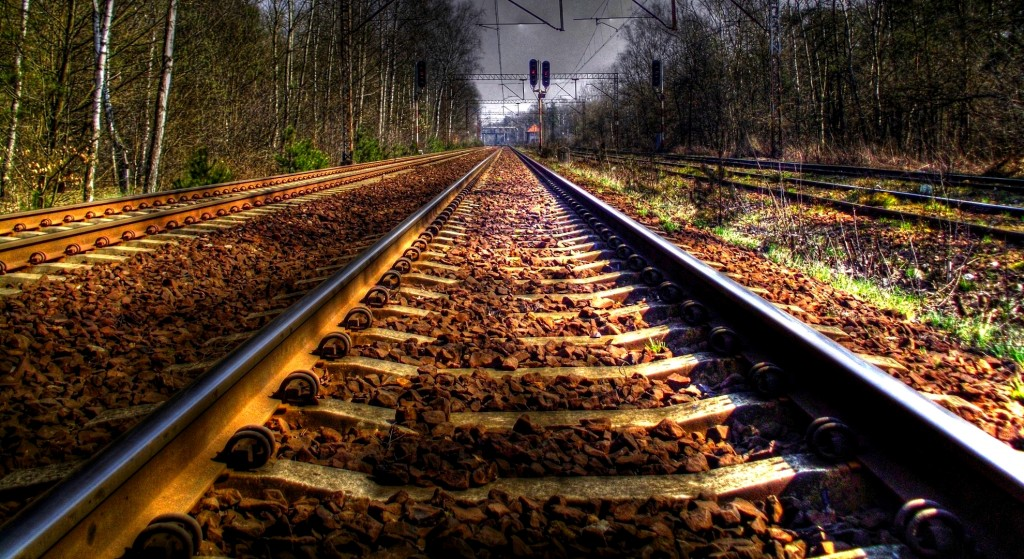 train-track-wallpaper-37977-38847-hd-wallpapers