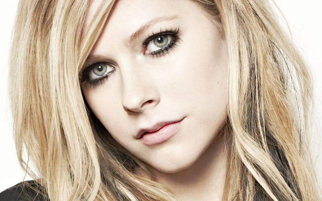avril-lavigne-11413-11788-hd-wallpapers