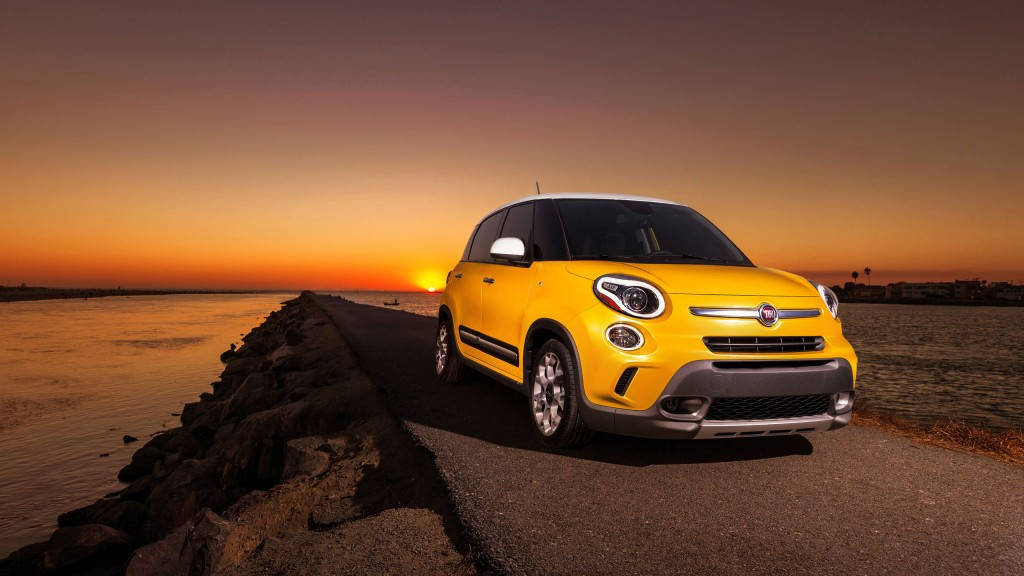 awesome-fiat-wallpaper-37458-38317-hd-wallpapers