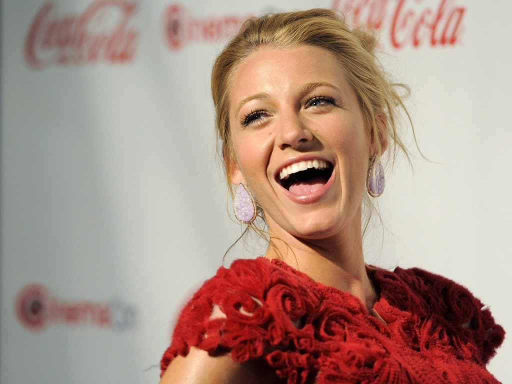 blake-lively-36971-37812-hd-wallpapers