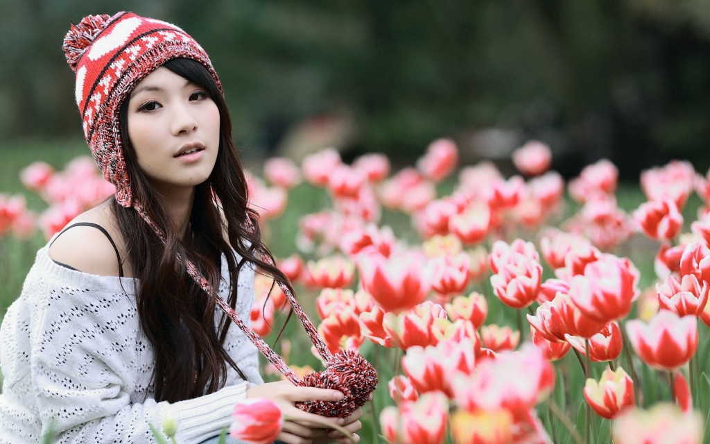 girl-beanie-wallpaper-43390-44436-hd-wallpapers