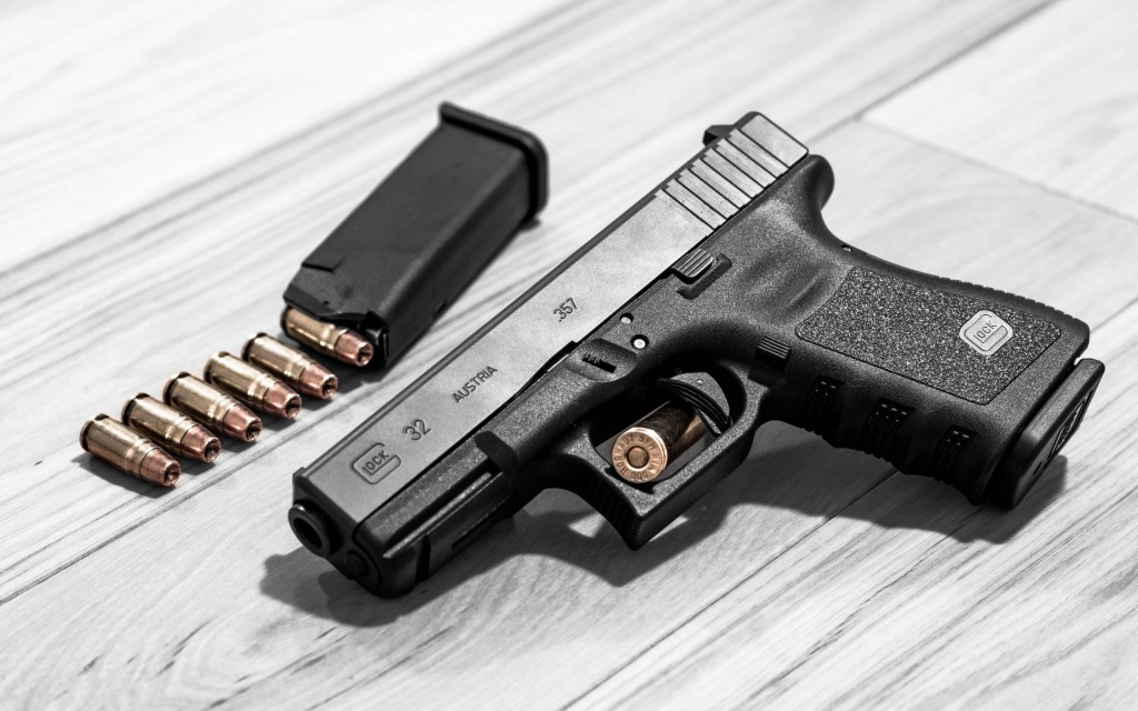 glock-pistol-wallpaper-49891-51572-hd-wallpapers
