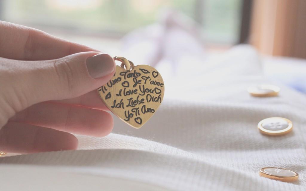 heart pendant wallpapers