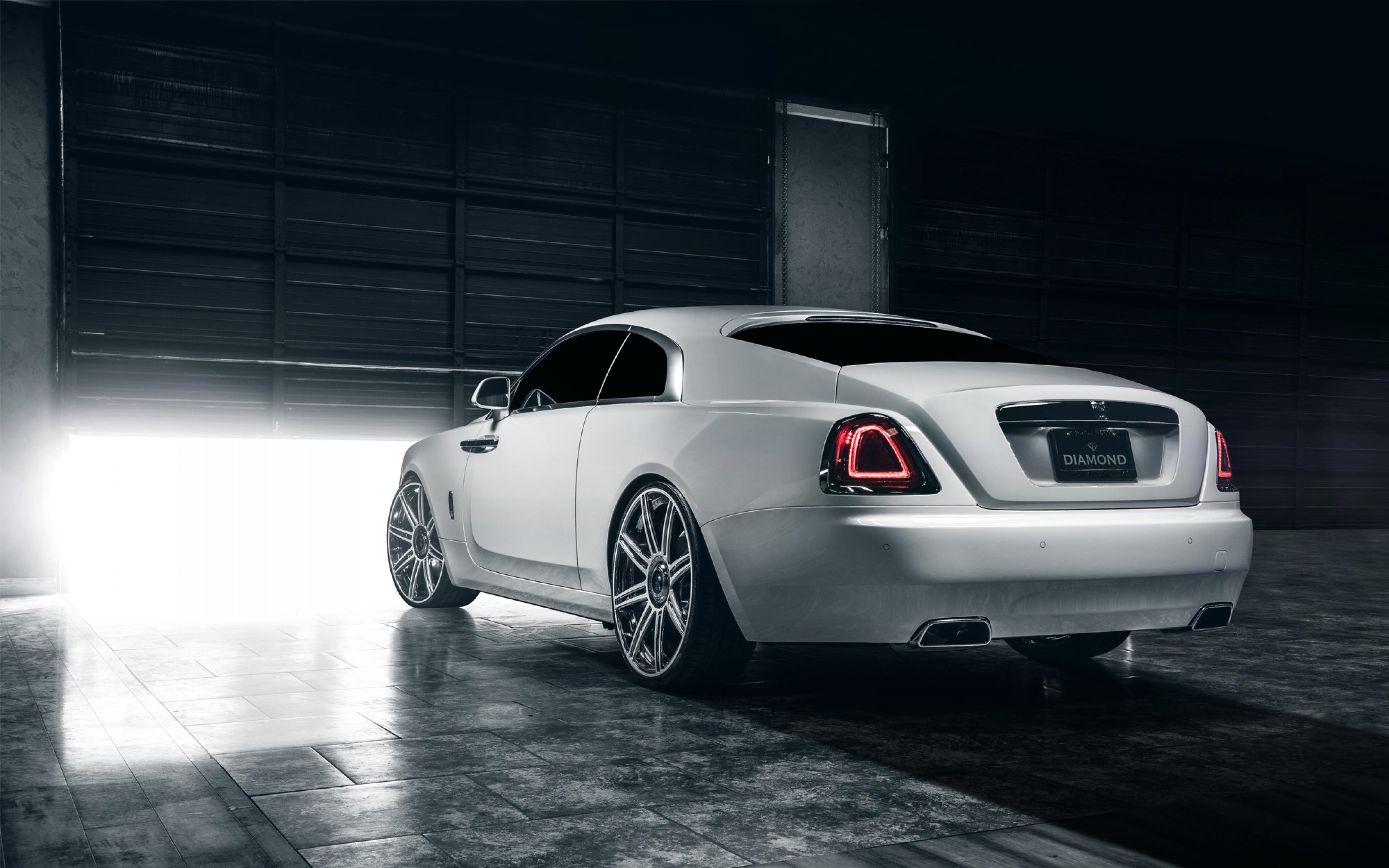 Luxury Vehicle: 26 Stunning HD Luxury Wallpapers
