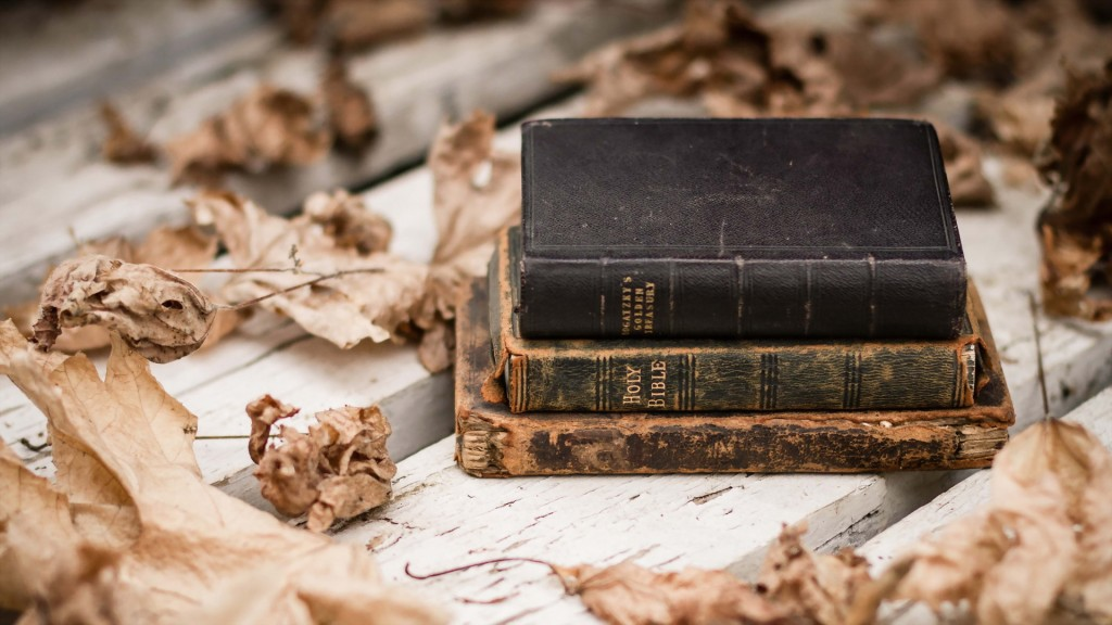 old-books-desktop-wallpaper-49795-51474-hd-wallpapers