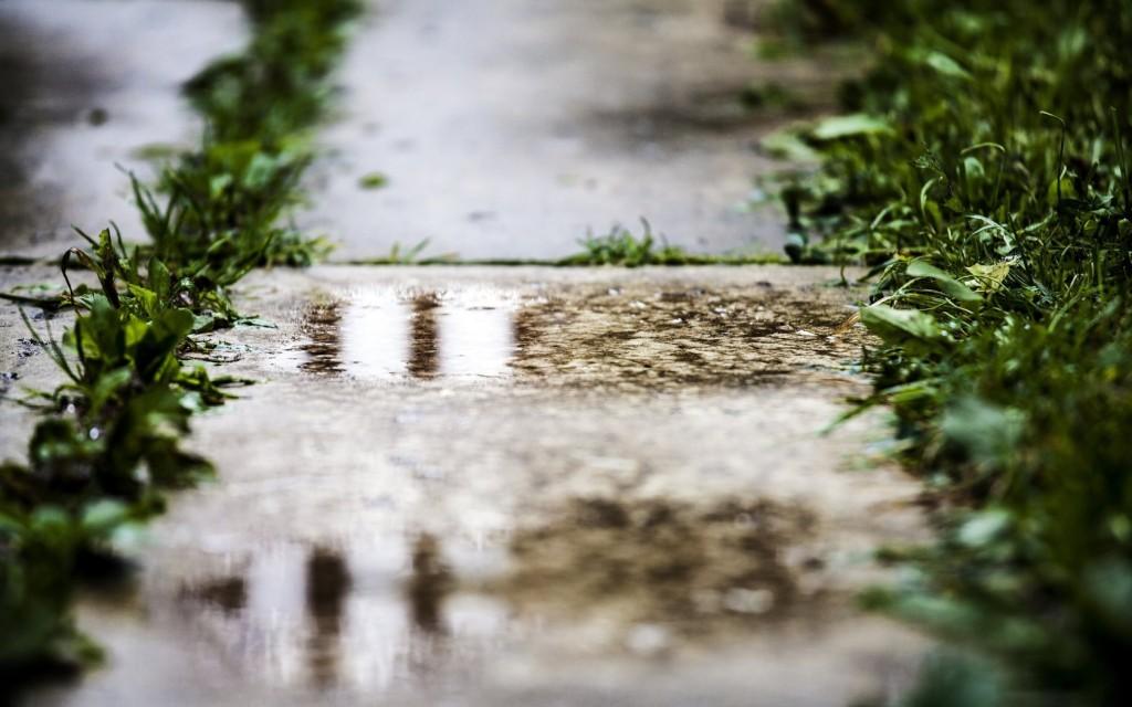 pavement-puddles-computer-wallpaper-49833-51513-hd-wallpapers