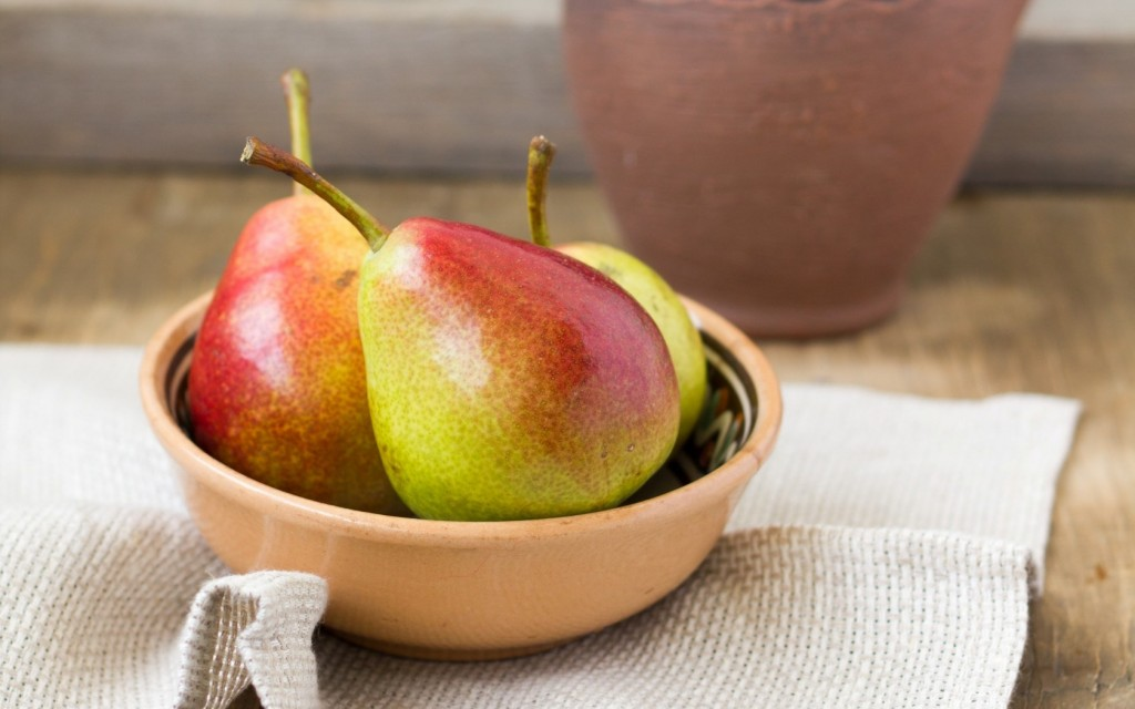 pears-fruit-computer-wallpaper-50147-51834-hd-wallpapers