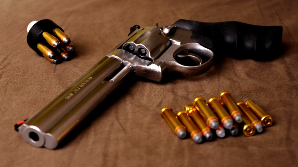 pistol-wallpaper-41650-42628-hd-wallpapers