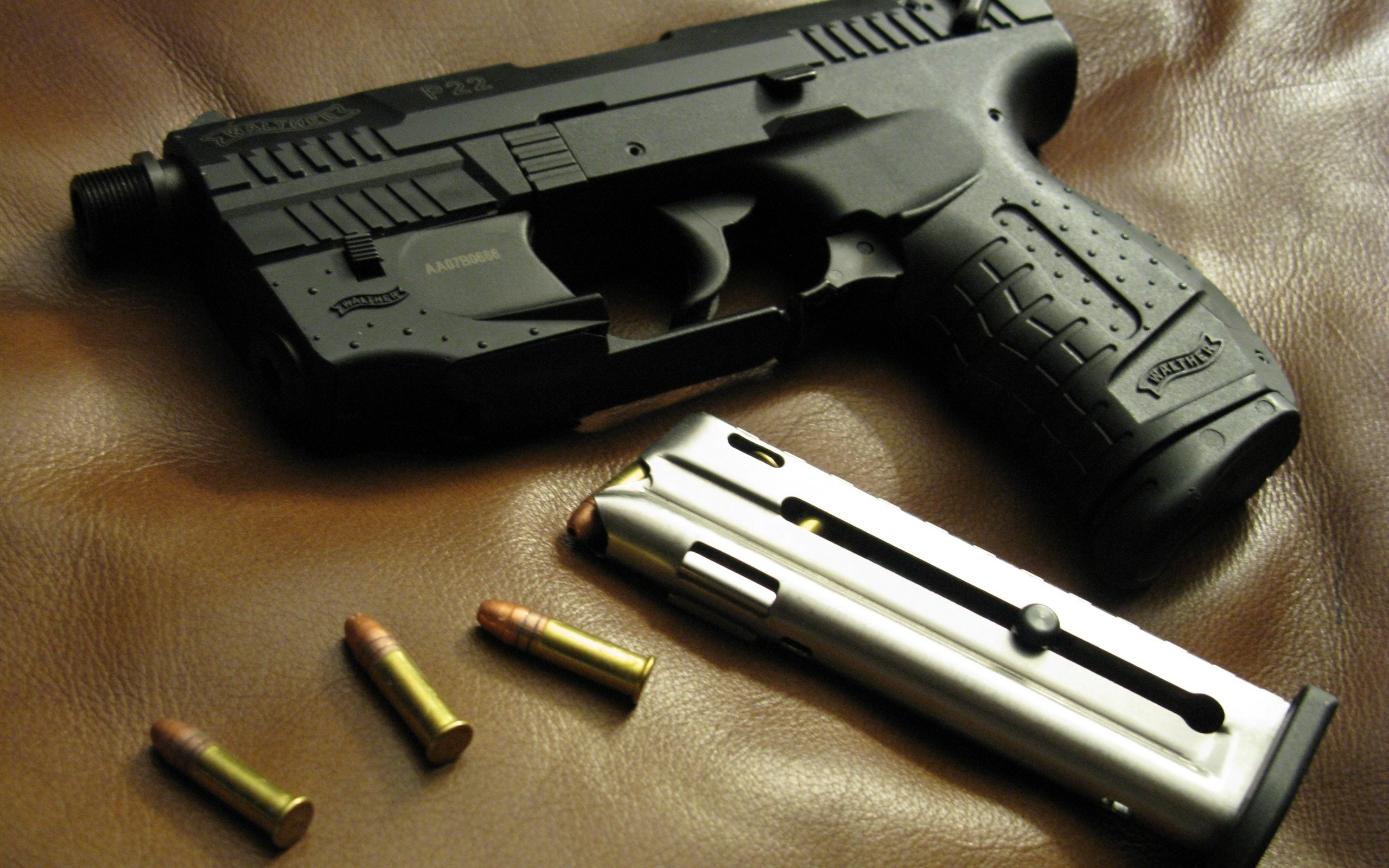 23 HD Pistol Gun Wallpapers