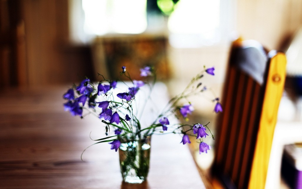 table-flowers-wallpaper-40132-41069-hd-wallpapers