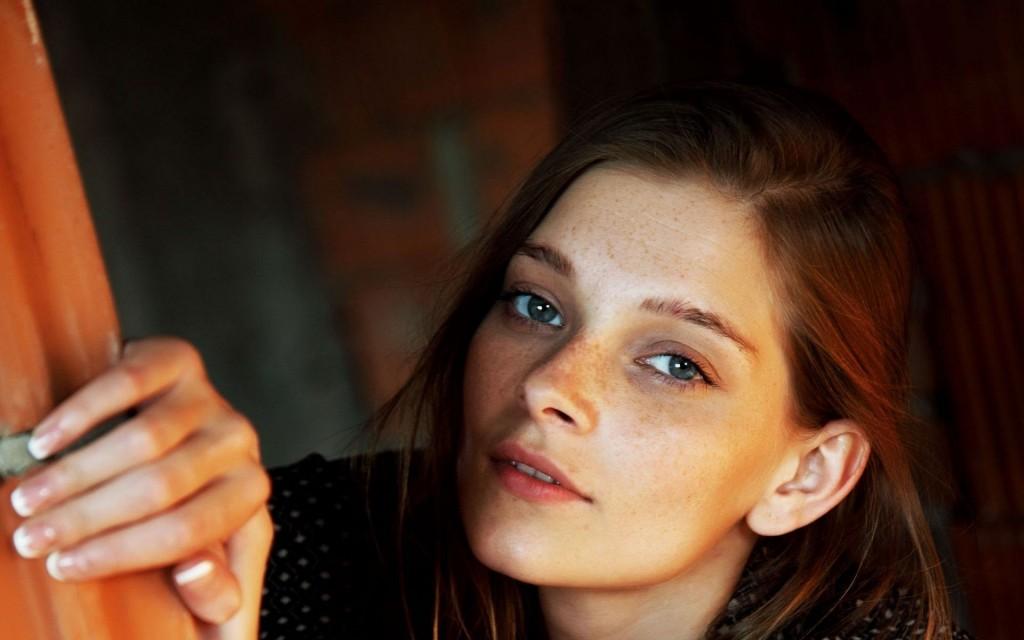 15 Beautiful Hd Women Freckles Wallpapers Hdwallsource Com