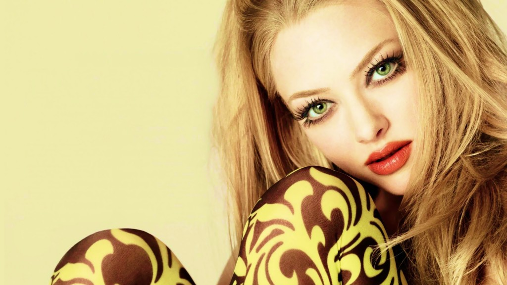amanda-seyfried-10960-11332-hd-wallpapers