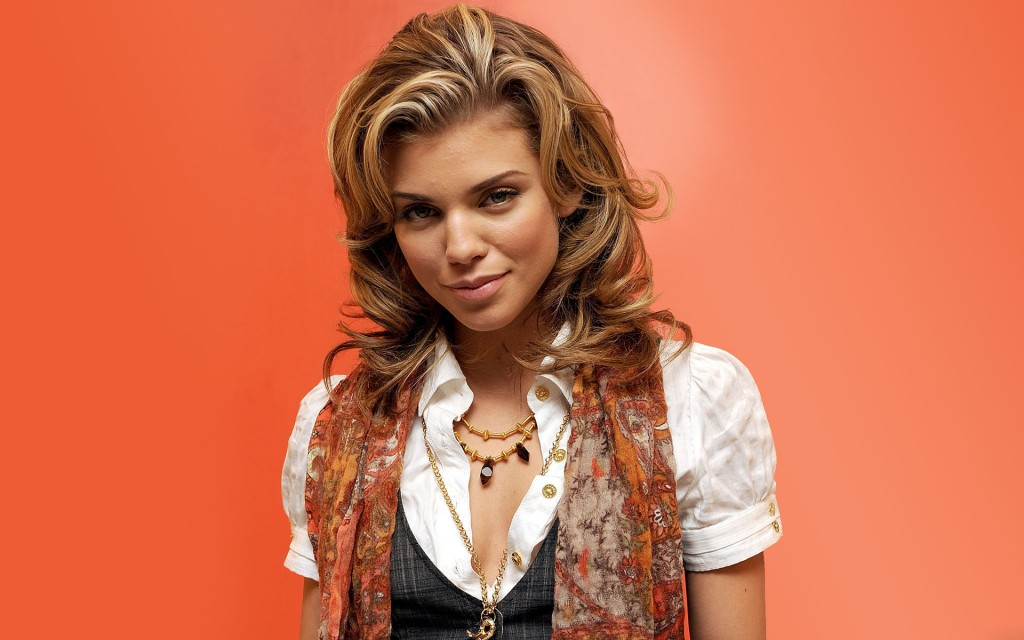 annalynne mccord wallpapers