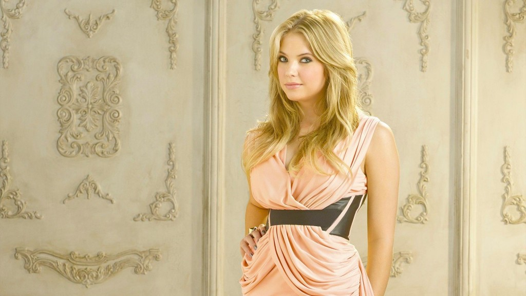 ashley-benson-35270-36077-hd-wallpapers