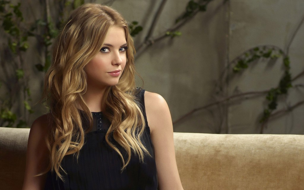 ashley-benson-wallpaper-hd-35266-36073-hd-wallpapers