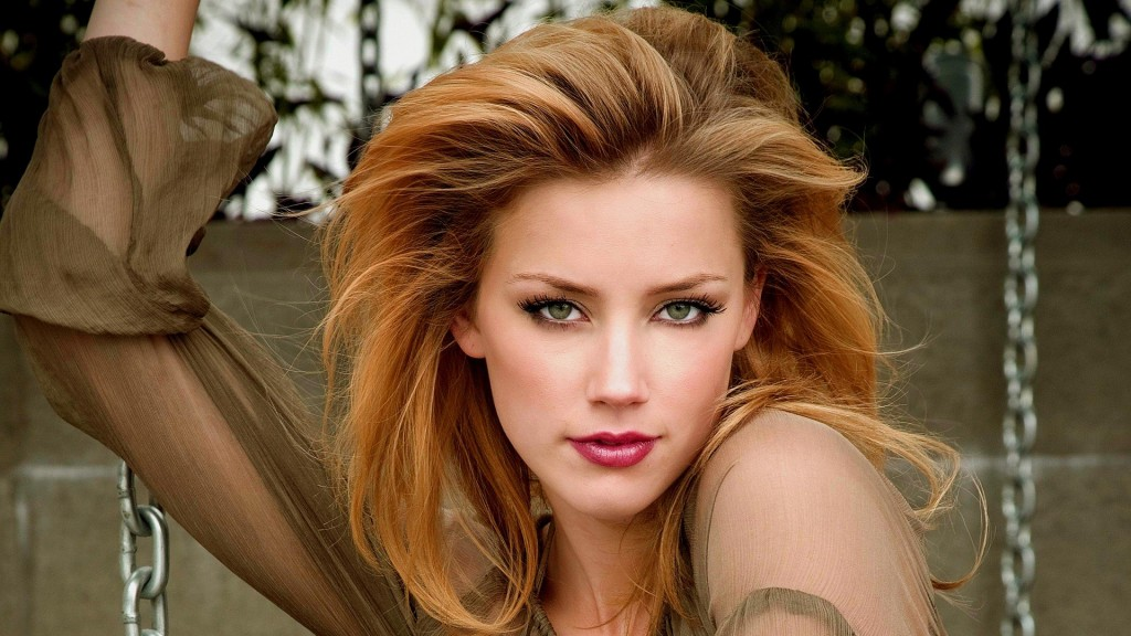 beautiful-amber-heard-44623-45753-hd-wallpapers