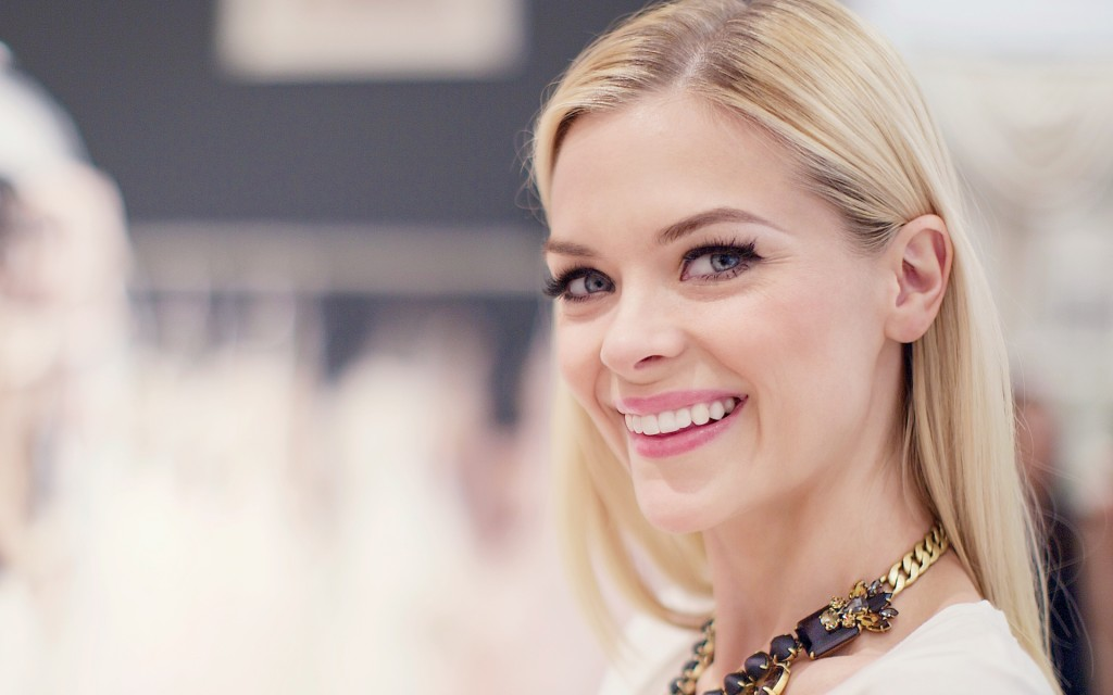 beautiful-jaime-king-37346-38205-hd-wallpapers