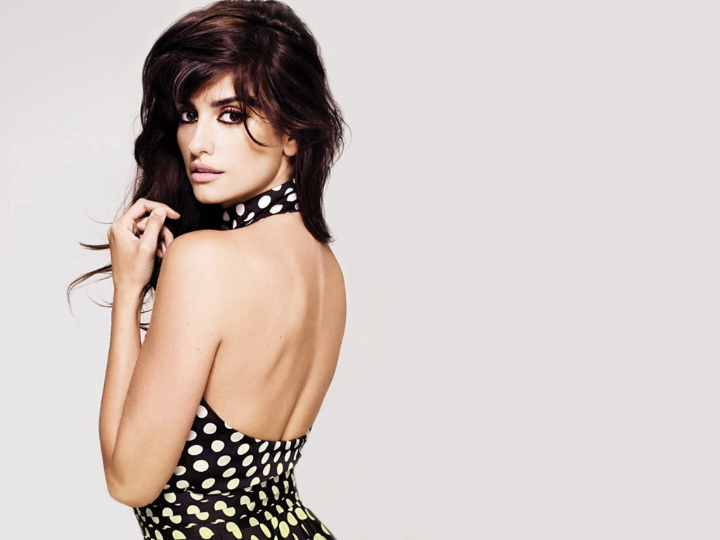 beautiful-penelope-cruz-25986-26670-hd-wallpapers