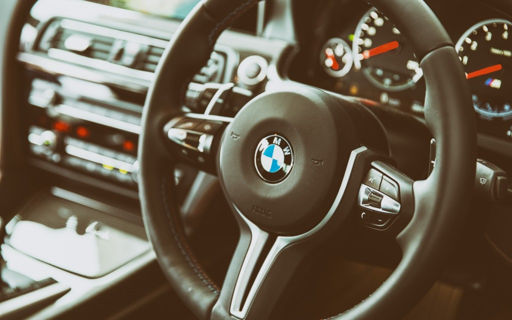 bmw-steering-wheel-widescreen-wallpaper-50218-51906-hd-wallpapers