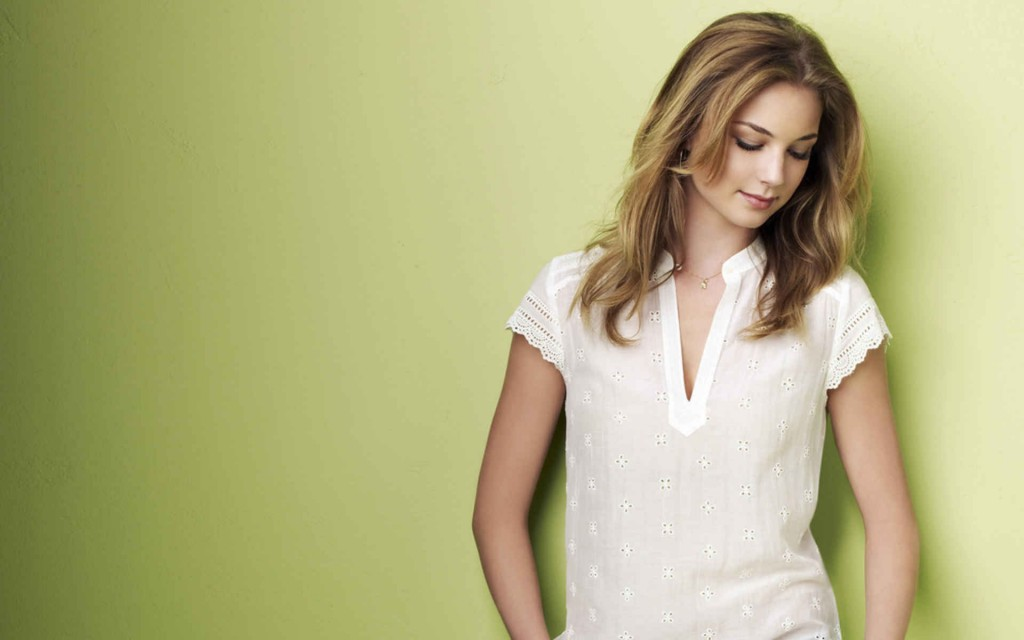 emily-vancamp-wallpaper-34650-35431-hd-wallpapers
