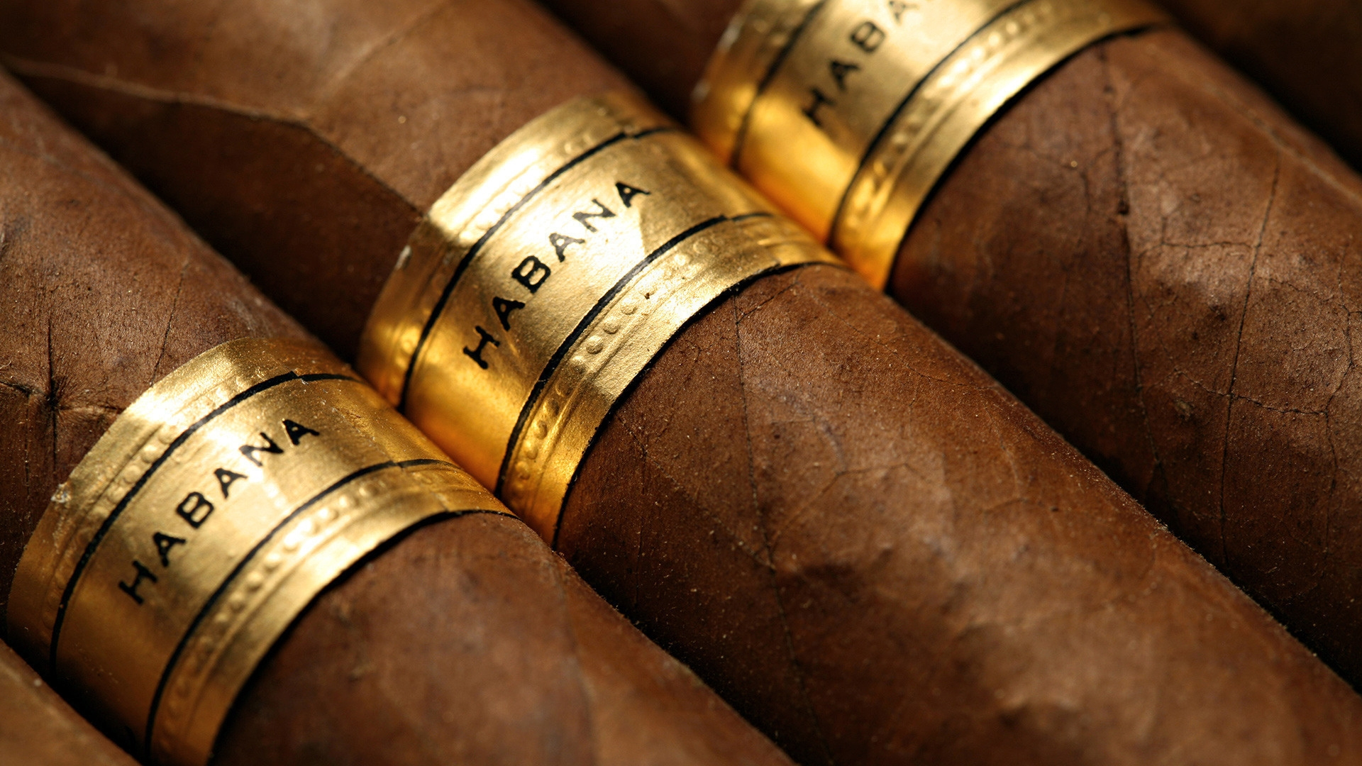 8 Excellent HD Cigar Wallpapers - HDWallSource.com