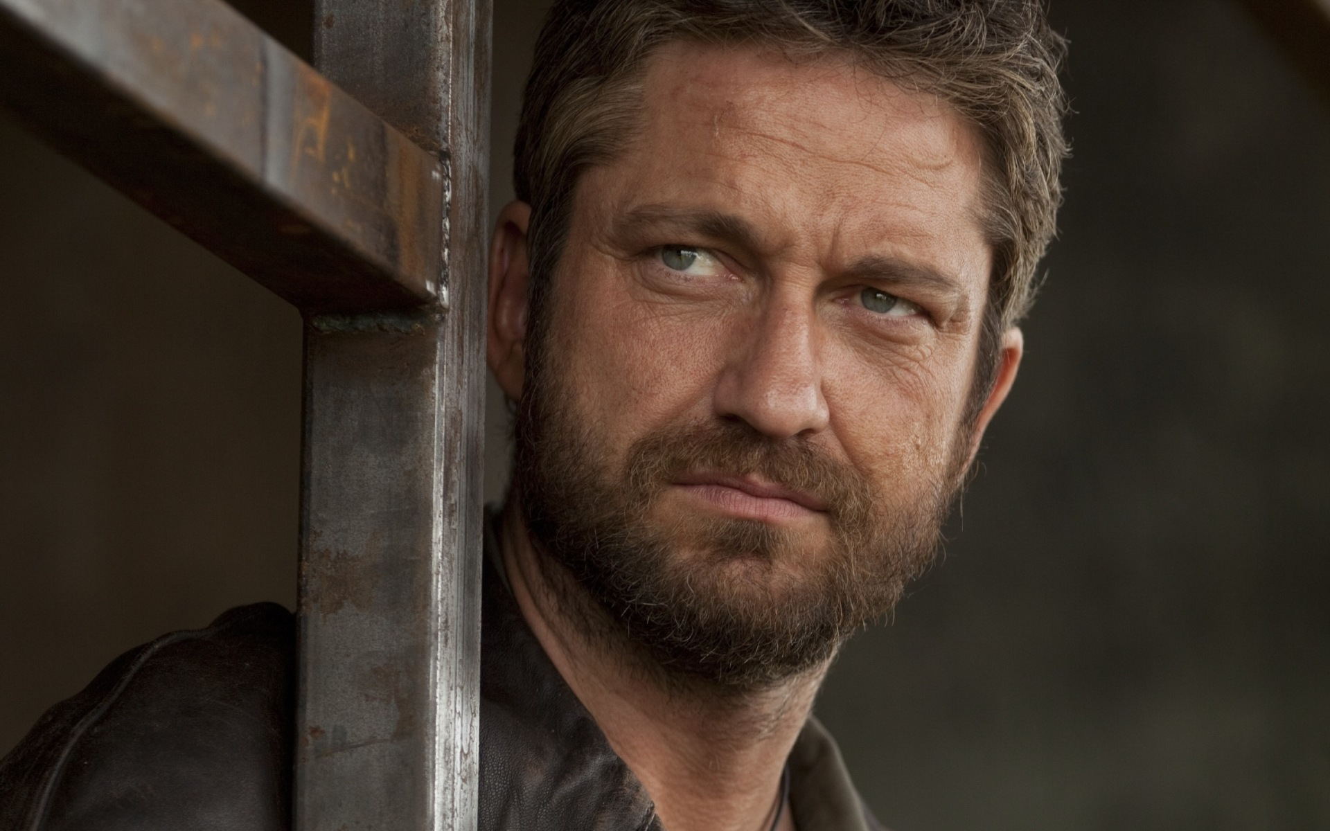 13 HD Gerard Butler Wallpapers