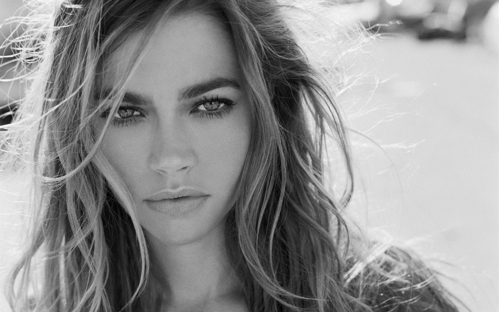 gorgeous denise richards wallpapers
