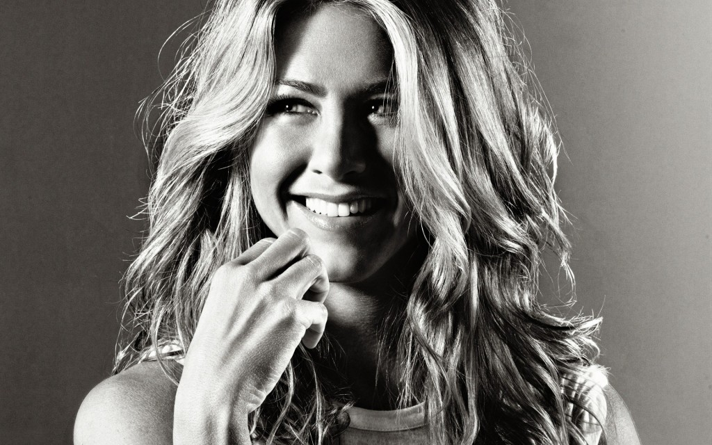 jennifer-aniston-wallpaper-33348-34105-hd-wallpapers