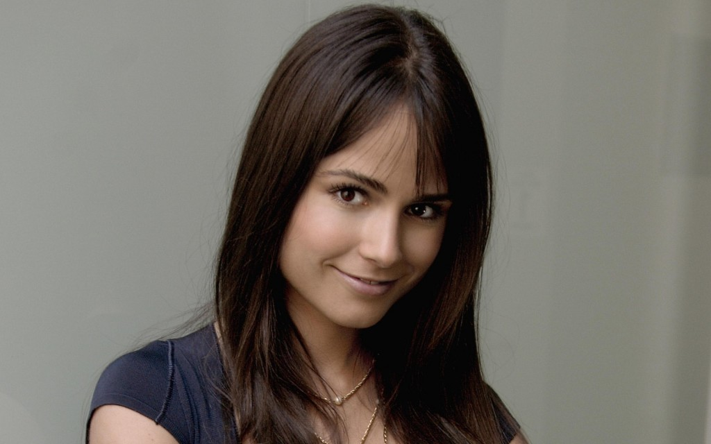 jordana-brewster-12165-12549-hd-wallpapers