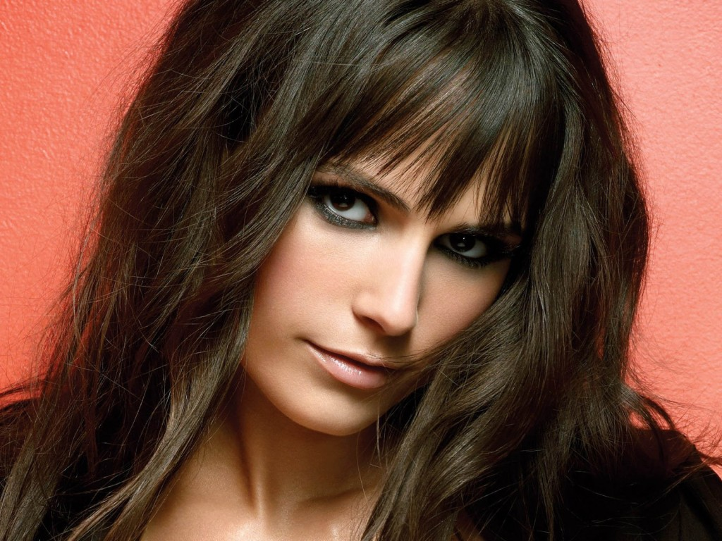 jordana-brewster-12166-12550-hd-wallpapers