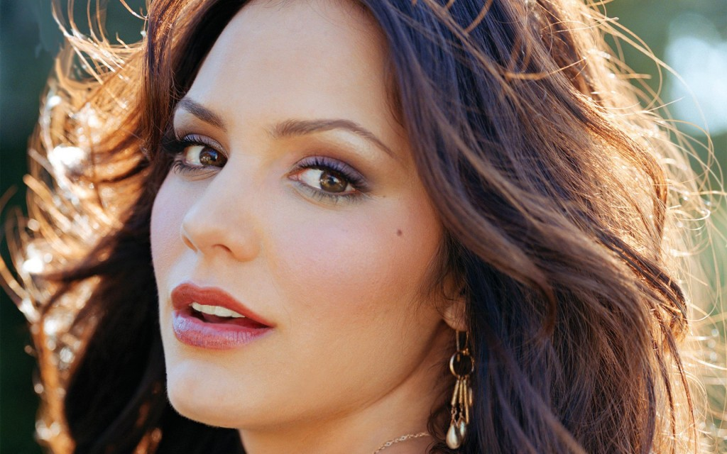 katharine-mcphee-face-wallpaper-50255-51943-hd-wallpapers