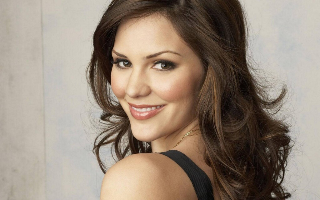 katharine-mcphee-hd-22730-23357-hd-wallpapers